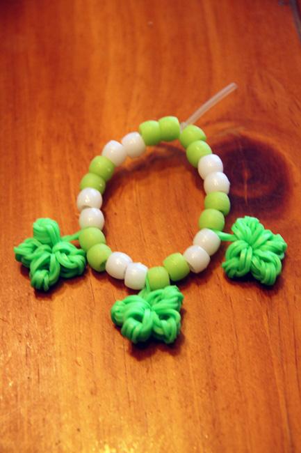 Done_3-clover-bracelet