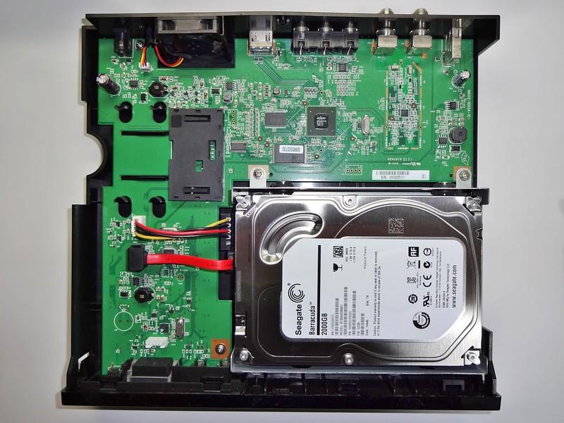 DVR-1/1.0TのHDDを交換