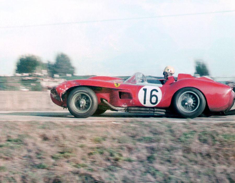 Luigi Musso In His Ferrari 250 Tr 58 At Sebring 1958 Flickr