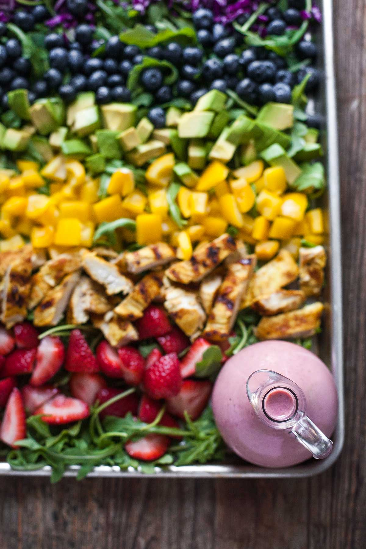 Rainbow Salad with Grilled Chicken and Raspberry Walnut Dressing #30MinuteMondays | acalculatedwhisk.com