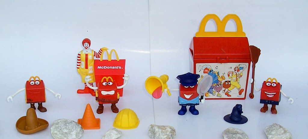 Mcdonald S Happy Meal Toys 2013 : Mcdonald s happy meal toys australia august cowboy