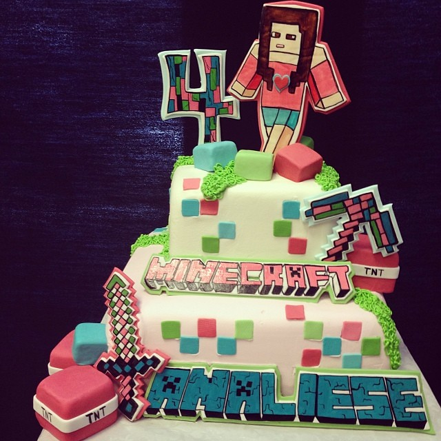 Who Says Minecraft Is Only For Boys Girly Minecraft Cak