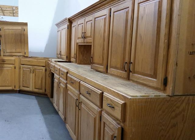 oak cabinets 4 oak kitchen cabinet set 695 williamson county restore flickr. Black Bedroom Furniture Sets. Home Design Ideas