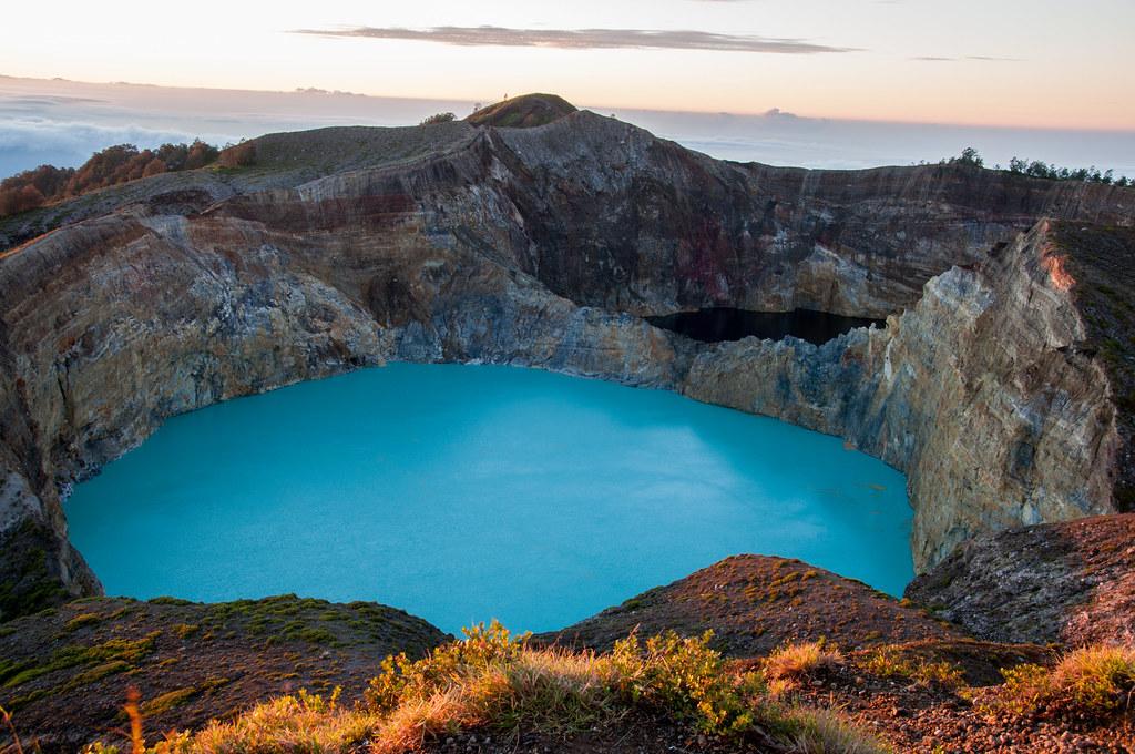 Kelimutu Dawn   Crater lakes of Kelimutu Volcano, on the ...