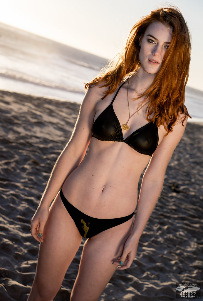 Sony A7 R Raw Photos Pretty Redhead Bikini Swimsuit Model -5514