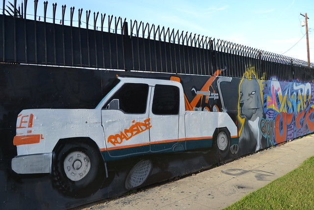 Murals and spontaneous street art explore atomic hot for 18th street gang mural