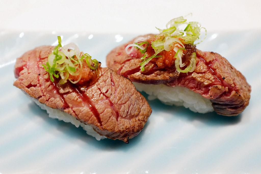 Wagyu Beef Nigiri Sushi | This was an extra dish since I ...