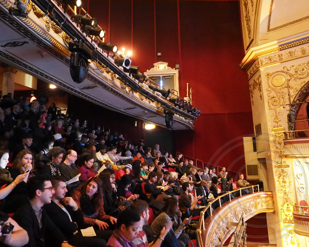 apollo theater News about apollo theater, including commentary and archival articles published in the new york times.