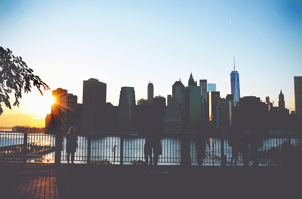 Brooklyn view on the Manhattan skyline | via It's Travel O'Clock