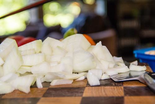 Rough--Cut Sweet Onions