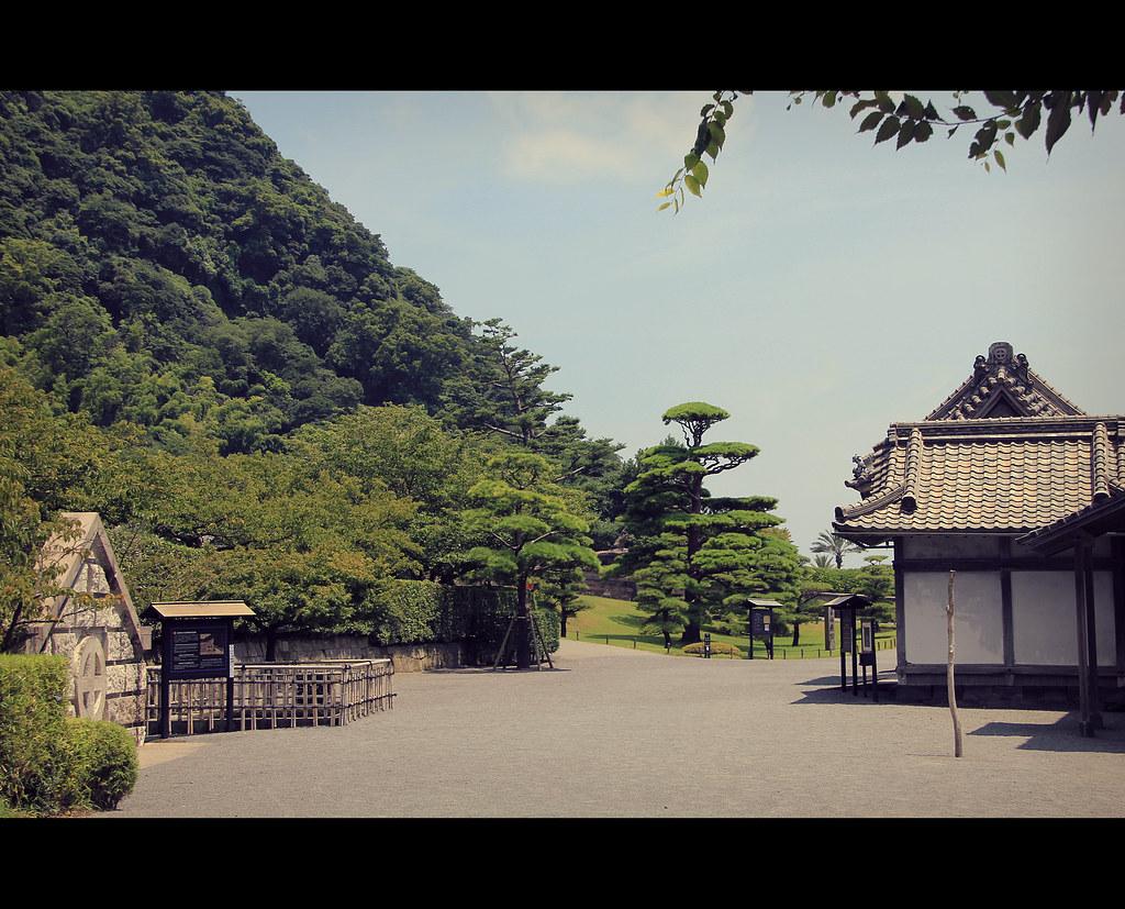 Sengan-en garden in Kagoshima (Kyushu, Japan)  Sengan-en wa…  Flickr