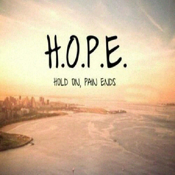 #hope #hold #on #pain #ends @pinquotes #hope #beach #sunse
