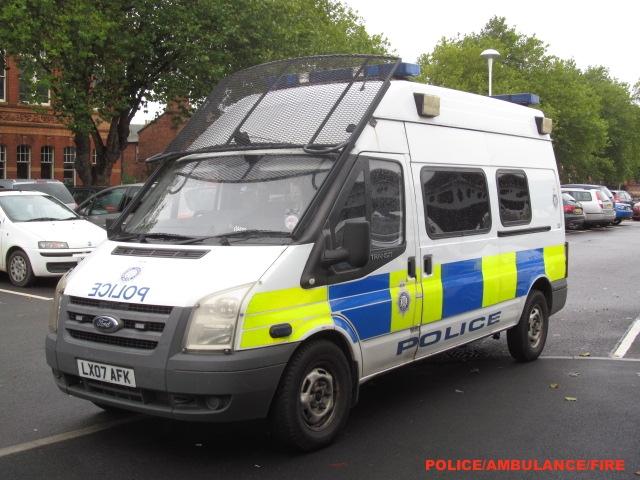 british transport police ford transit public order van lx0 flickr. Black Bedroom Furniture Sets. Home Design Ideas