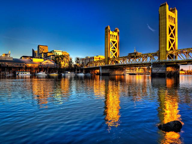 Sacramento River At Tower Bridge, Sacramento, California -4302