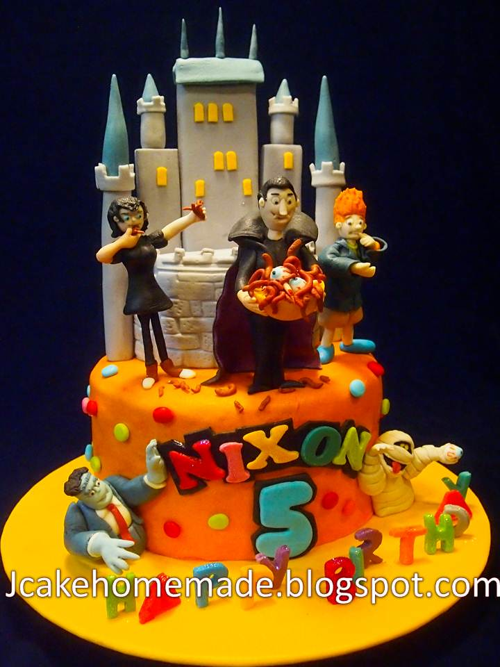 Hotel transylvania cake happy 5th birthday nixon thanks for Hotel transylvania 2 decorations