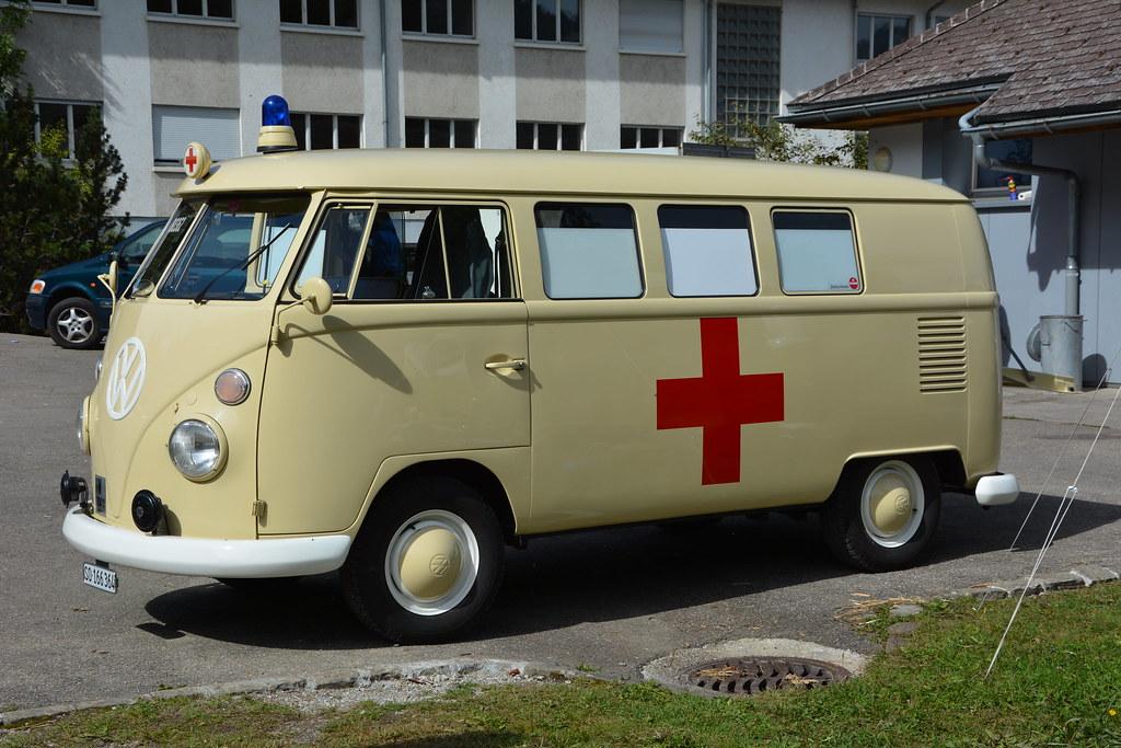 vw combi t1 ambulance 7 int vw bus monster treffen schw flickr. Black Bedroom Furniture Sets. Home Design Ideas