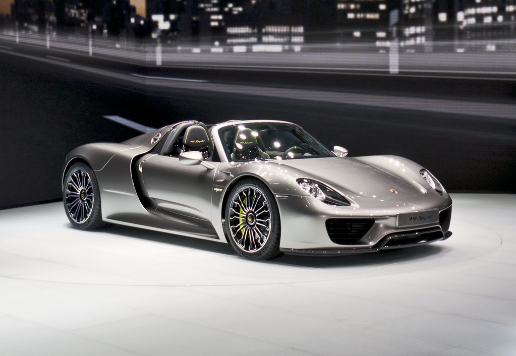 porsche 918 spyder iaa frankfurt 2013 der 918 spyder ist. Black Bedroom Furniture Sets. Home Design Ideas
