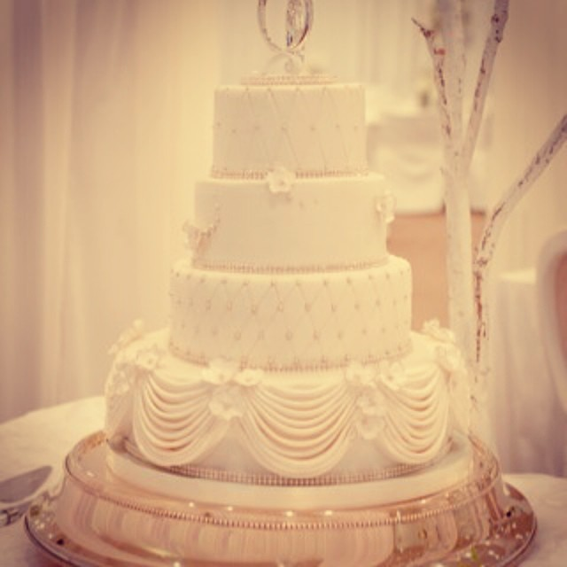 Swags And Bling Wedding By Fantastical Sweets MIKA Wed