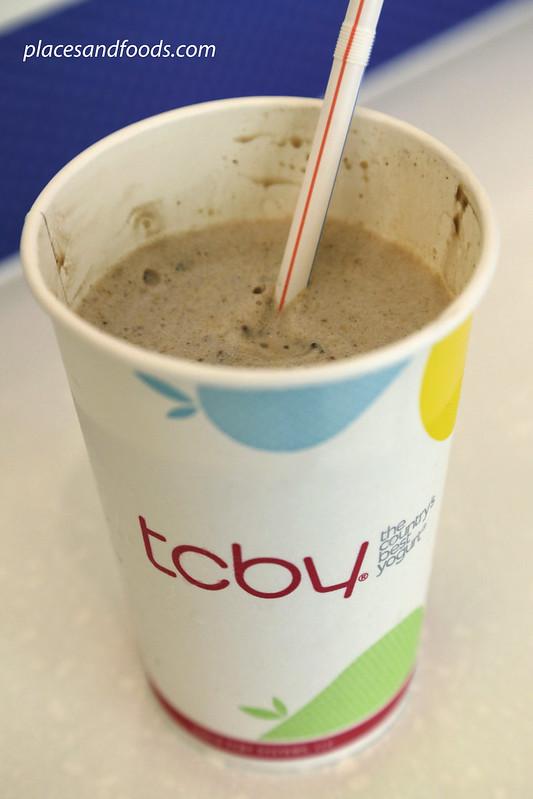 tcby chocolate peanut milkshake