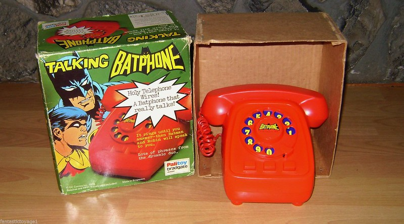 batman_talkingbatphone
