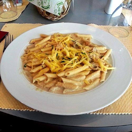 Penne Pasta Alfredo | by debbietingzon