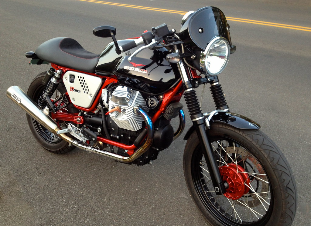 moto guzzi v7 cafe racer number plate moto guzzi v7. Black Bedroom Furniture Sets. Home Design Ideas