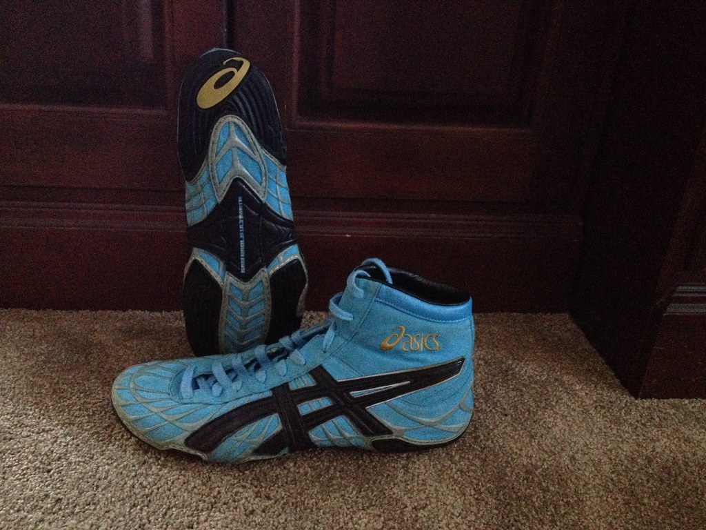 asics the gable old-school wrestling shoes