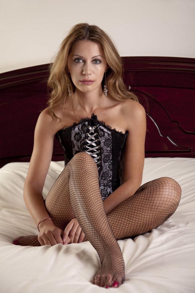 Amanda Black Corset, Sitting In Bed  Amanda Sits In Bed -5272