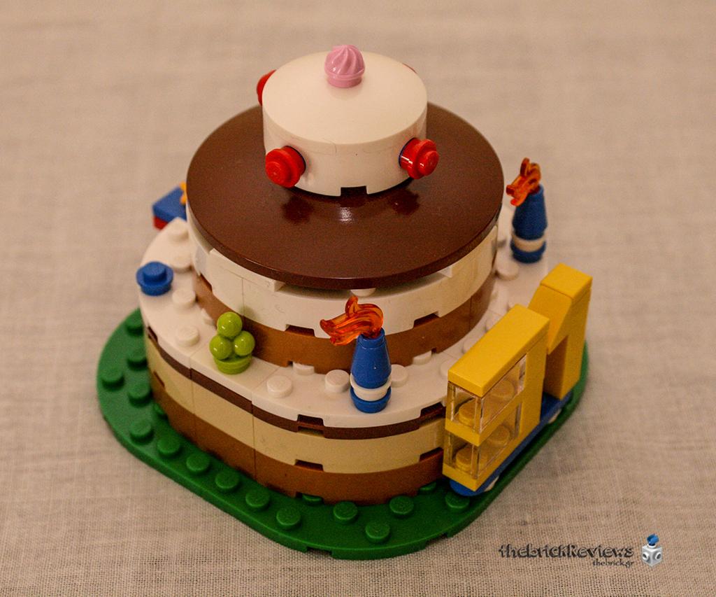 ThebrickReview: LEGO 40153 - Birthday Table Decoration 32864785024_cbcdfa6a14_o