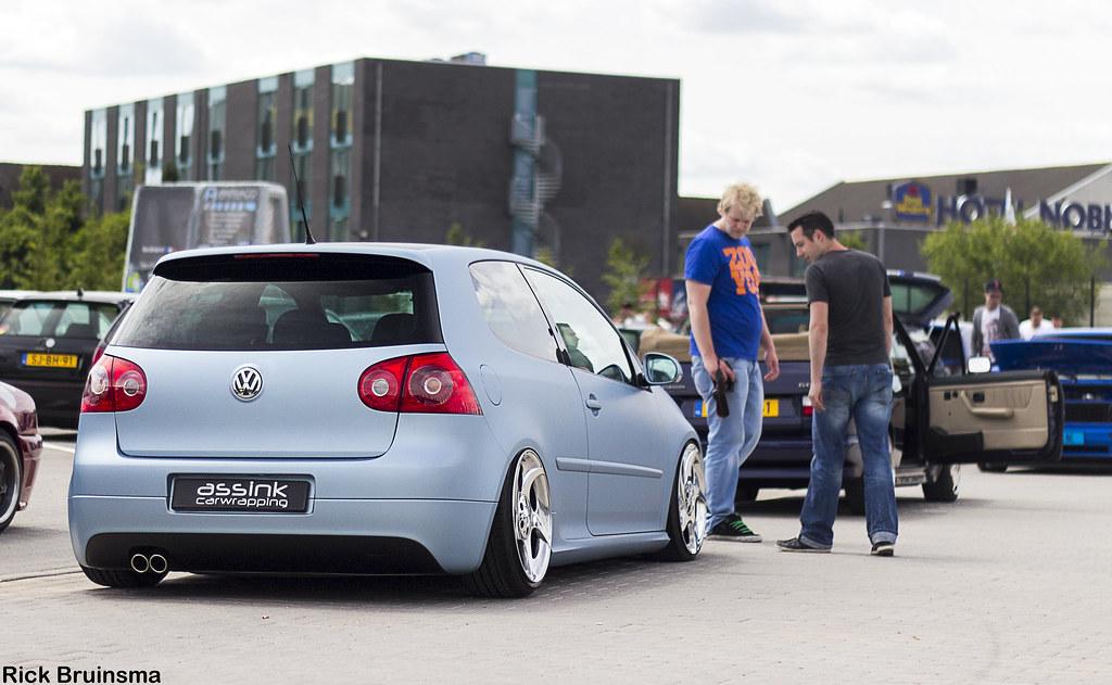 Volkswagen golf gti mkv mercedes benz alphards rick for Mercedes benz alphards