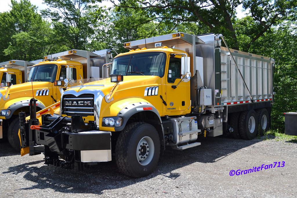 Trucks For Sale In Iowa >> PennDOT 2014 Mack GU713 Tri-Axle Plow Truck | Trucks ...
