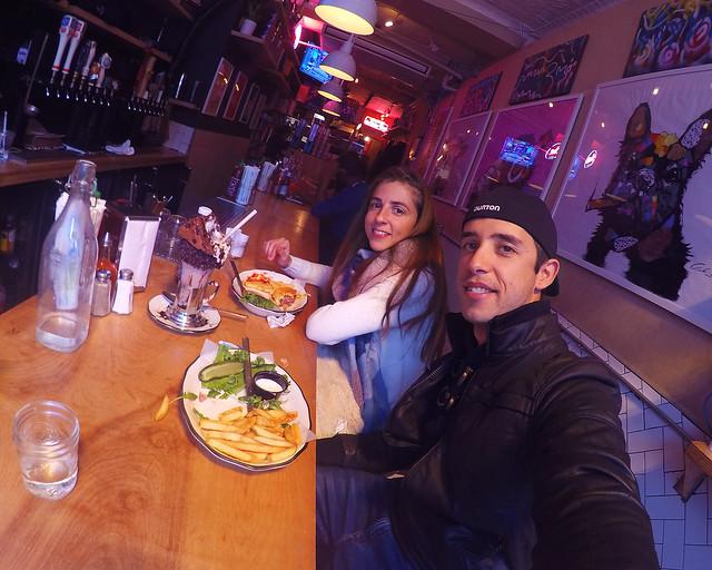 Black Tap, uno de los mejores restaurantes donde comer en Manhattan
