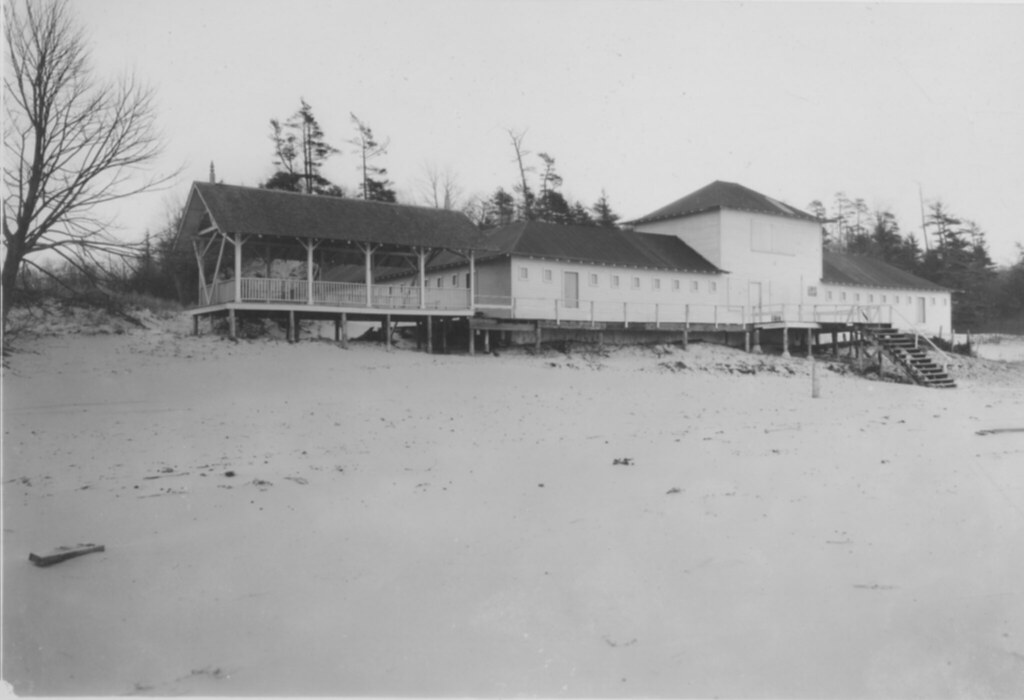 Bath house on lake michigan hpl muskegon historic for Bath house michigan