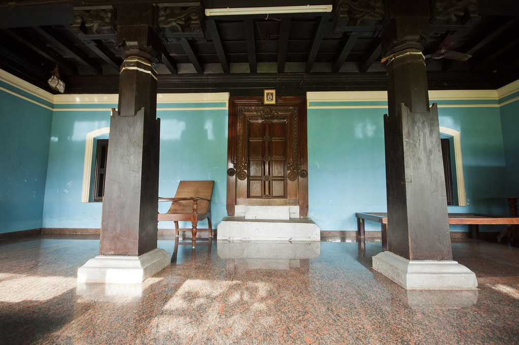 An old south indian style house the front entrance or for Old indian house interior