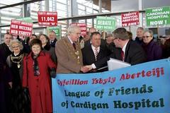 Petition: A campaign to secure Cardigan Hospital / Deiseb: Ymgyrch i ddiogelu Ysbyty Aberteifi