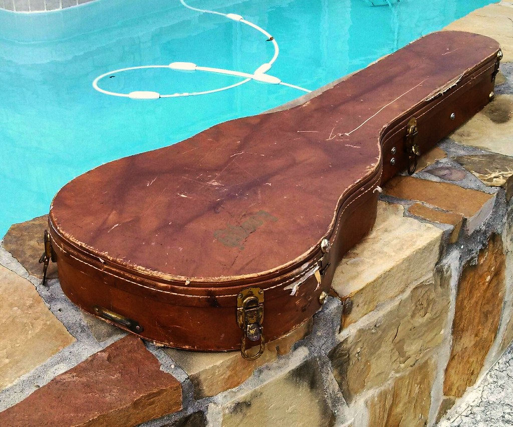 how to make your own acoustic guitar case