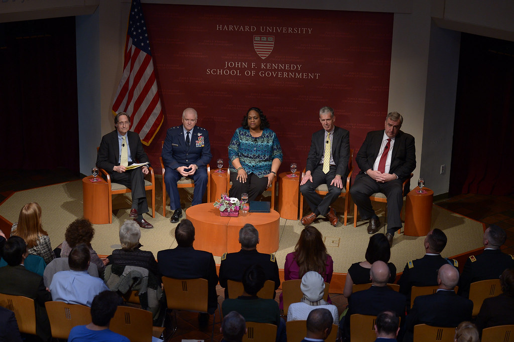 Harvard University's John F. Kennedy School of Government ...