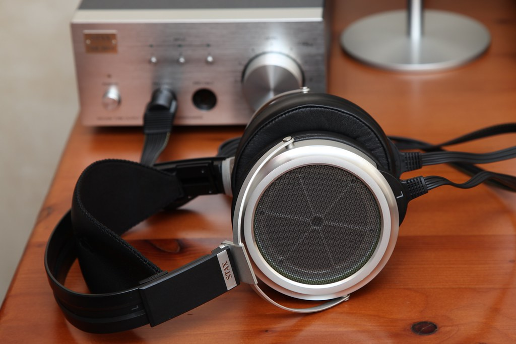 Stax SR-009 Electrostatic Earspeakers and SRM-007tII Headp ...