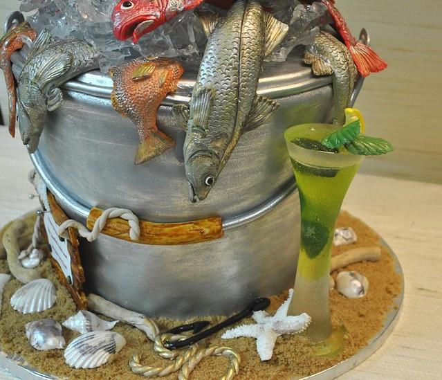 Fish bucket birthday cake fishing the cake zone for Bucket of fish