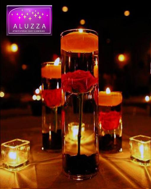 Centro de mesa de florero de cristal con vela flotante - Centros de mesa con velas ...