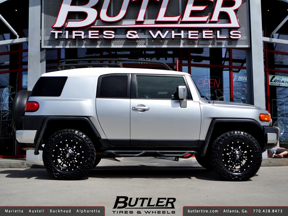 Toyota Fj Cruiser With 18in Fuel Krank Wheels Additional