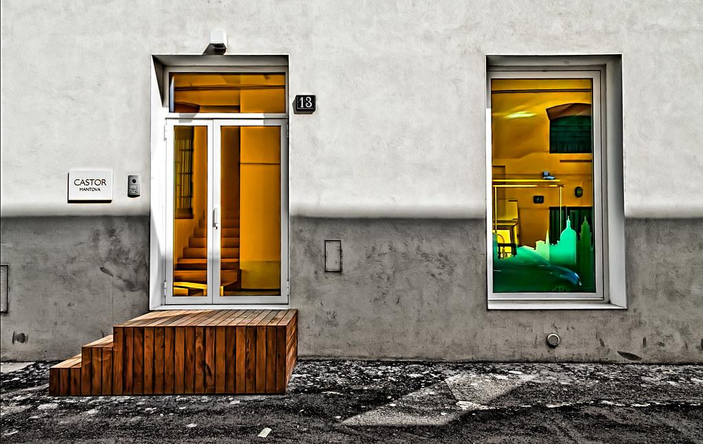 Zona tortona 9 milano il quartiere della moda e for Design della moda politecnico milano opinioni