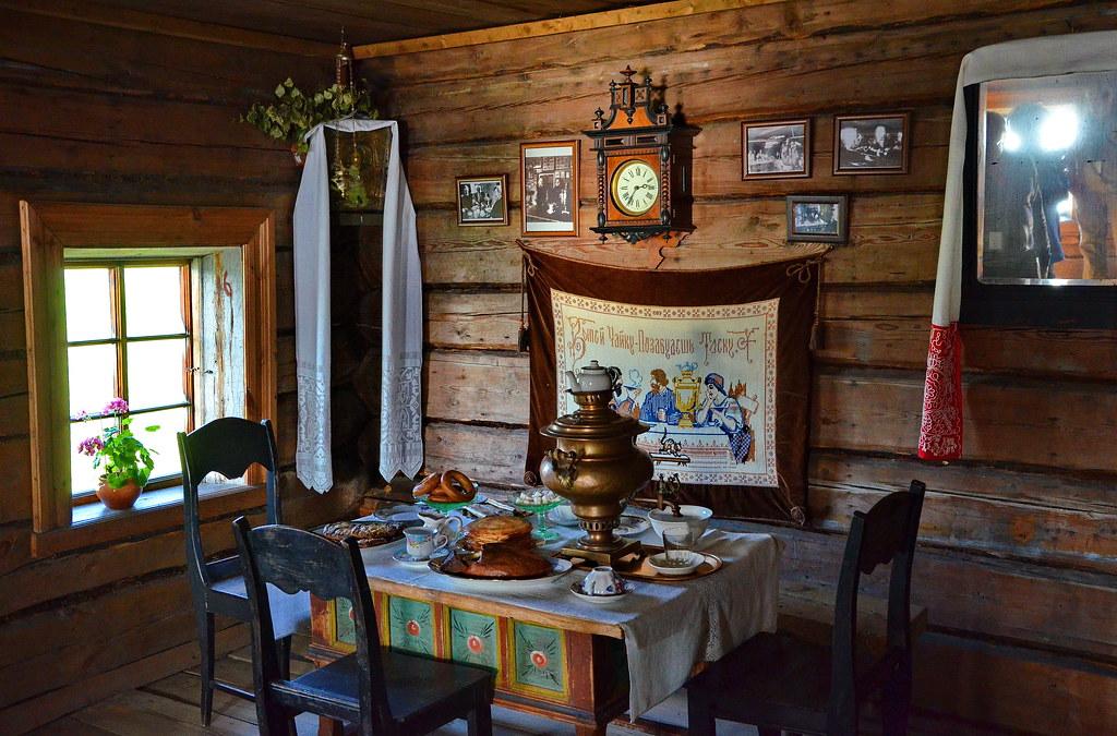 Interior of the house of peasant oshevnev kizhi island k for Inside house photos