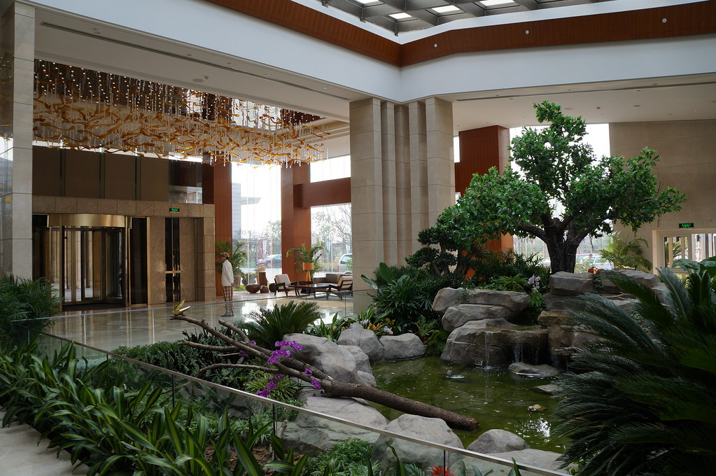 Little Garden Oasis In The Spacious Amp Elegant Lobby Of The
