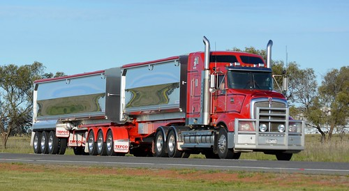 Kenworth T609 | by quarterdeck888