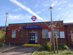 Picture of Roding Valley Station