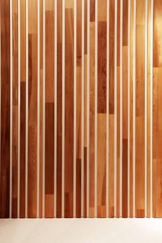 Voorstelling woodface op bi nnale interieur voorstelling w flickr - Interieur gevelbekleding houten ...