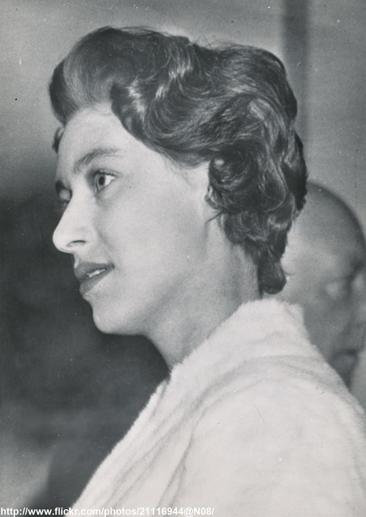 Princess Margaret S New Hairstyle Date March 24 1955 D