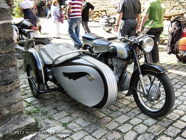 motorrad mit beiwagen simson witten zeche nachtigall 3525 2012 08 11 flickr photo sharing. Black Bedroom Furniture Sets. Home Design Ideas