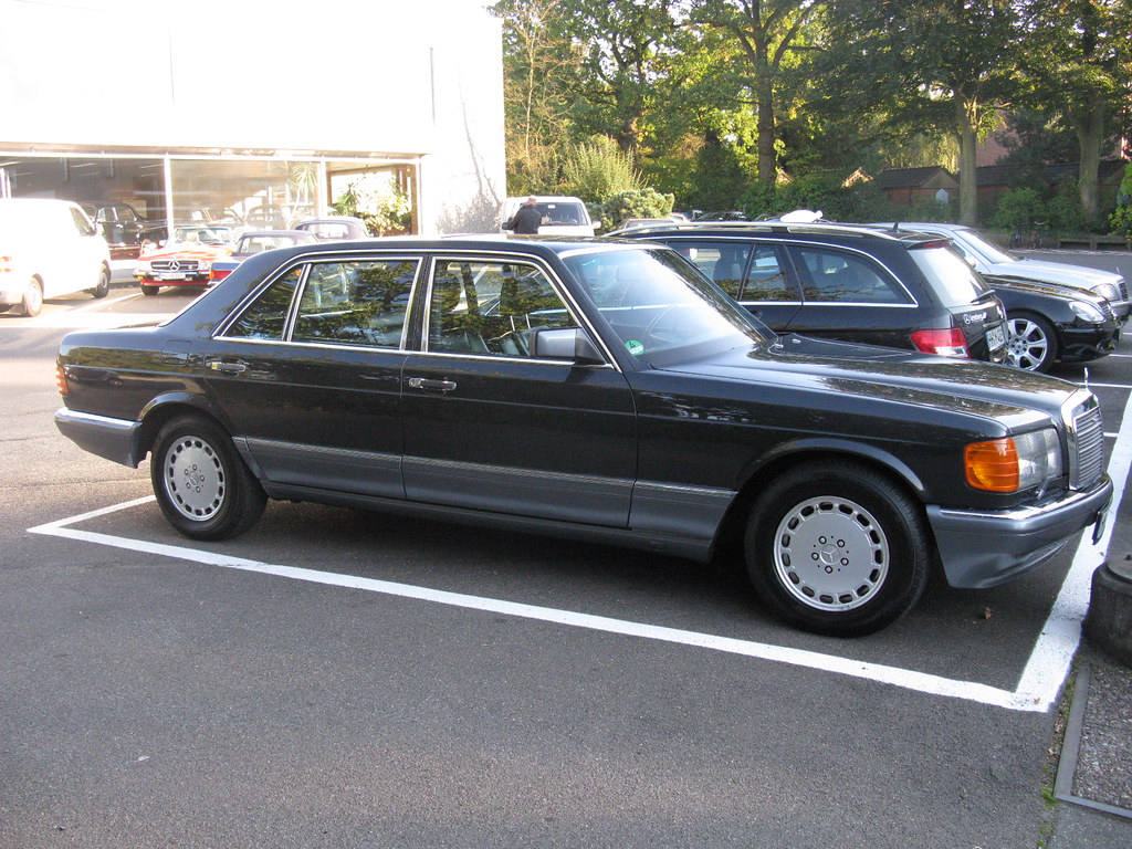 Mercedes benz 560 sel w126 nakhon100 flickr for Mercedes benz w126 for sale